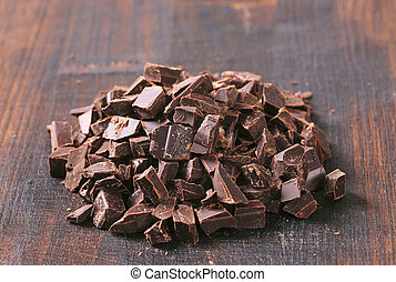 Dark chocolate chunks - Pile of dark chocolate chunks