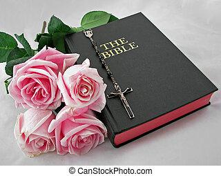 rosas, biblia, rosario