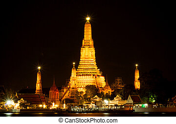 Wat Arun at night The famous attractions of Thailand...
