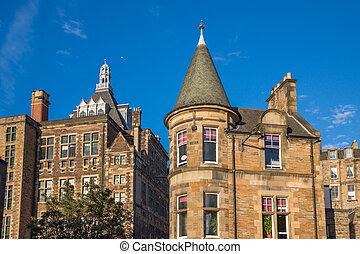 Front view of vintage facades in Edinburgh - Vintage facades...