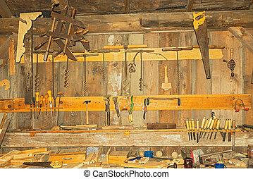 viejo, muy, carpintería, pared, oxidado, taller, herramientas