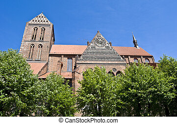Nikolaikirche - detail of the Nikolaikirche in the city...