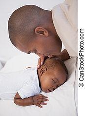bebê, Menino, dormir, pacificamente, sofá, pai,...