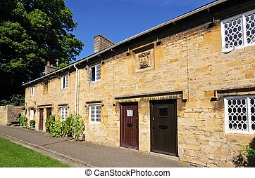 Cottages, Chipping Campden. - Row of cottages along High...