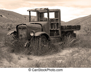 Abadoned Truck - An old abandoned truck in a field