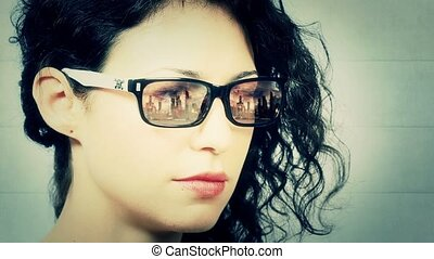 Explosion mirrors in woman glasses