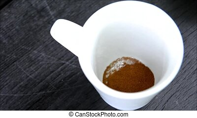 Making instant coffee - Preparation and making instant...