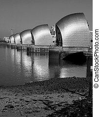 London River Thames barrier flood defenses