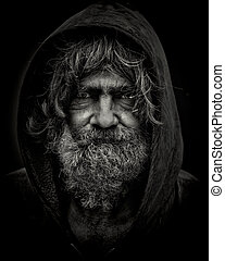 HOMELESS JOHN - B&W portrait of a homeless man