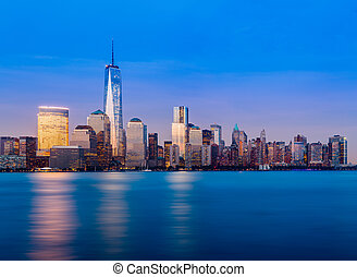 Skyline of Lower Manhattan at night - Skyline of lower...