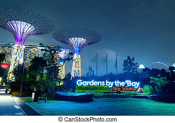 SINGAPORE - JAN 01, 2014: Gardens by the Bay or SuperTree...