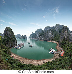 Halong Bay Vietnam. Ha Long Bay panoramic view - Halong Bay...