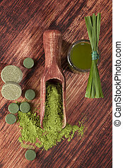 Green food supplements - Detox Chlorella, spirulina, wheat...