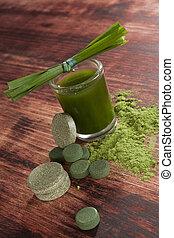 Green food supplements. Detox.