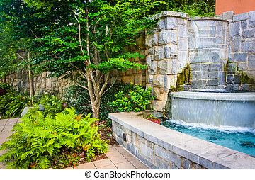 Fountain and garden at Piedmont Park in Atlanta, Georgia. -...