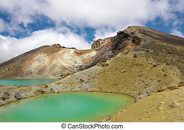 Tongariro Crossing - View at beautiful Emerald lakes on...
