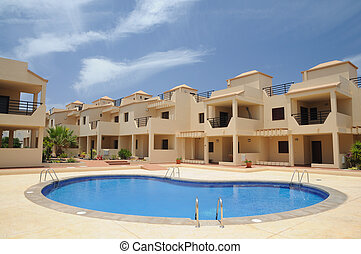 Vacation resort with swimming pool