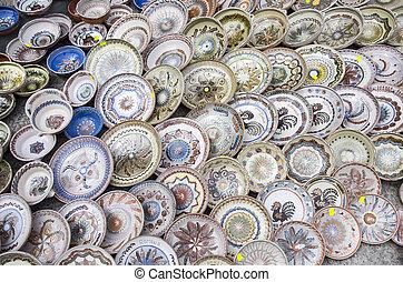 Ceramic plates - Romanian ceramic traditional plates at the...