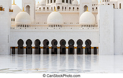 Sheikh Zayed Mosque, Abu Dhabi, UAE - ABU DHABI, UNITED ARAB...