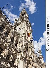 Maison du Roi building, Grand Place. Brussels, Belgium. -...