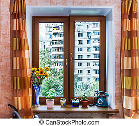 Oak veneer on the new window. City flat, Moscow.