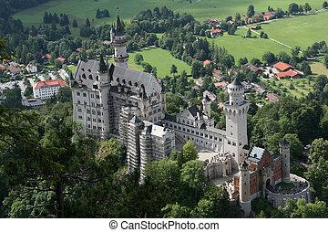 Neuschwanstein Castle - Famous fairytale castle...