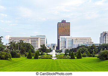 Baton Rouge, Louisiana - skyline with Huey Long Statue