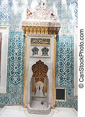 Topkapi palace - Ancient Topkapi palace interior, Istanbul