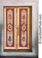 Topkapi palace - Ancient Topkapi palace interior, Istanbul.