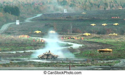 Tank T-90 shoots and leaves - Russian tank T-90 makes one...