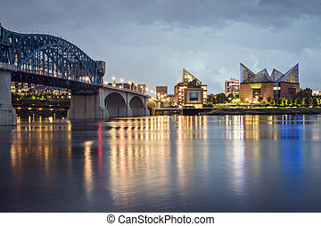Chattanooga, Tennessee, USA downtown skyline at night