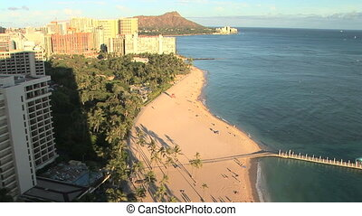 Waikiki Beach and Diamond Head - Waikiki Beach with Diamond...