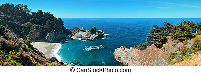 Big Sur - Seascape of Julia Pfeiffer Burns State Park in Big...