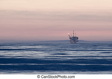 off shore oil rig - and off shore oil drilling platform at...