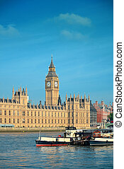 Thames River - Big Ben and House of Parliament in London...