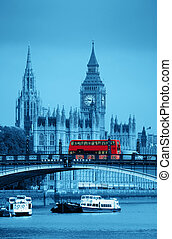 London - Big Ben, House of Parliament and Lambeth Bridge...