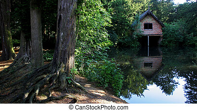 Gem's Boat House - A boat house on a lake in Derbyshire