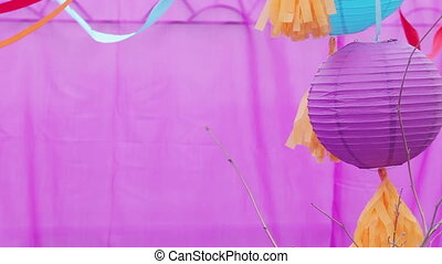 Oriental decoration - Making Chinese ceiling balloons on...