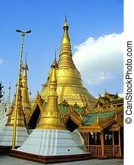Shwedagon Pagoda, Yangon, Myanmar - Shwedagon Pagoda in...