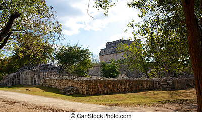 Mayan Ruins at Chichen Itza - Mayan ruins in the ancient...