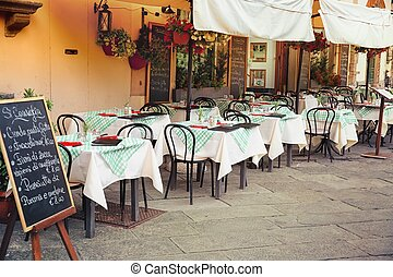 Outdoor dining nook in Tuscany - Lucca - outdoor dining nook...