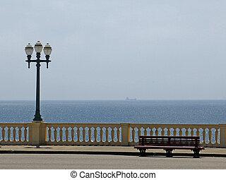 Cidade do Porto, Portugal. - Praia urbana na cidade do...