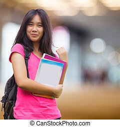 Asiatique, écolière