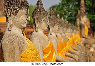 Buddha statues in Wat Yai Chaimongkhon