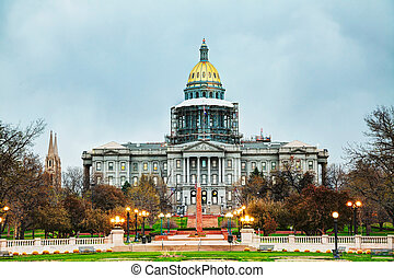 Colorado state capitol building in Denver in the evening