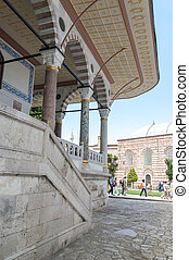 Topkapi Palace - Visitors in Topkapi Palace, istanbul Turkey