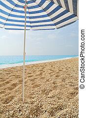 blaues, schirm, sonne, Gesteckt, meer, kiesel, sandstrand