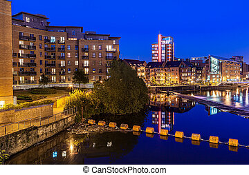 leeds clarence dock - Clarence dock is the newley developed...