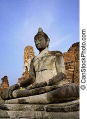 buddah in ayutthaya bangkok thailand