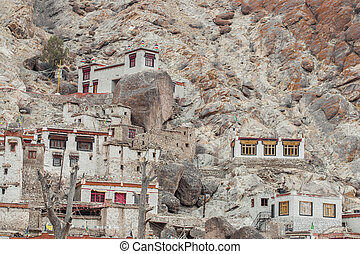 leh - Beautiful scenic view - ancient Stongde Buddhist...
